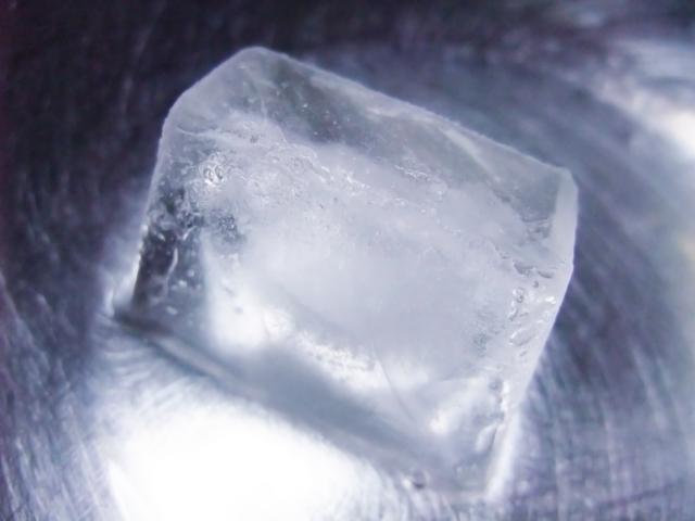 氷の解けていく様子