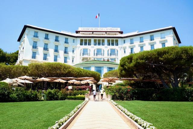 夏にいきたい!豪華なホテルの写真