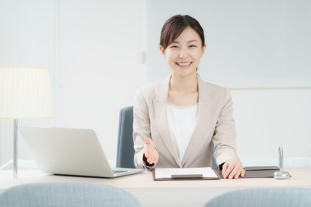 パソコンと講師象