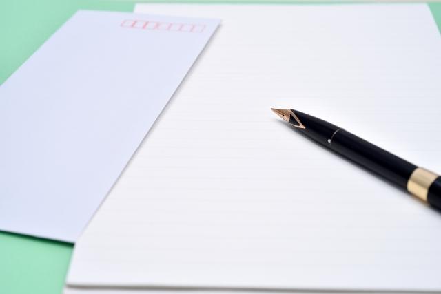 社用手紙は白い便箋で!