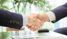 外国人とのビジネスマナー 握手のタブー6つの注意点